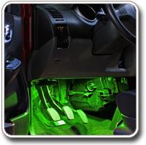 LED világítás autóba lábtér