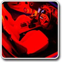 Vörös LED világítás autóba